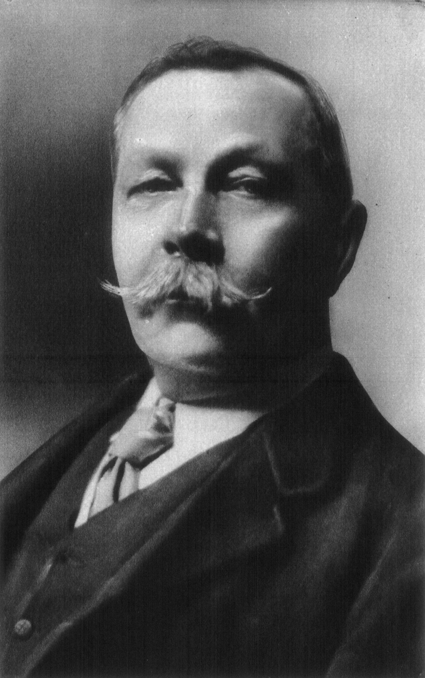 """a comparison of sir arthur conan doyles literary works A comparison of writing styles and themes from sir arthur conan doyle's """"the  in his own writing, doyle commented on poe's work, specifically mentioning his detective character dupin in a study in scarlet, the first short story to feature doyle's character sherlock holmes in it, dr watson, tries to complement sherlock holmes."""