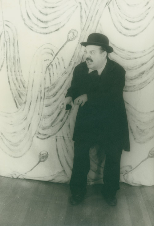 "Portrait photograph of Zero Mostel as Leopold Bloom in ""Ulysses in Nightown"" Zero Mostel, Carl Van Vechten."