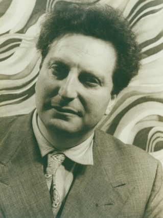 Portrait photograph of Carlo Levi