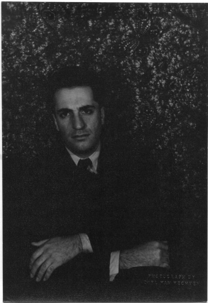 Portrait photograph of William Saroyan