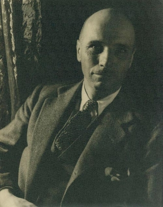 Portrait photograph of Rockwell Kent