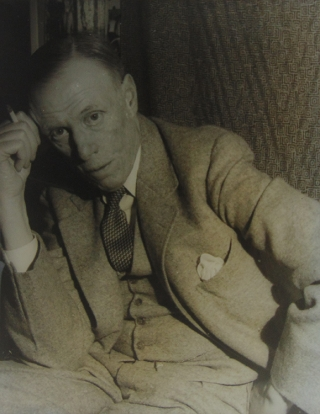 Portrait photograph of Sinclair Lewis