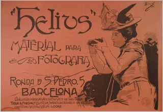 Helius. Materia para Fotografia. Ronad de S. Pdro , 5, Barcelona. Unicos representantes en Espana de los Sres. Taylor, Taylor & Hobson, de Leicester 8, Londres, con deposito de los celebres objetivos anastigmaticos Cooke [Poster titled in Art Nouveau lettering beside an image of a stylish woman aiming her camera]