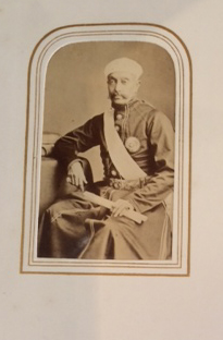 Cartedevisite photographic album with portraits of Queen Victoria and her children, Prime